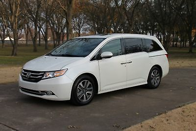2016 Honda Odyssey Touring Elite 8 Passenger Perfect Carfax TV/DVD Nav Heated Leather Michelin Tires MSRP New $45775