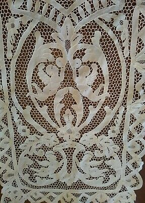 Vintage handmade Point de Venise needle lace placemats runner angel putti motif