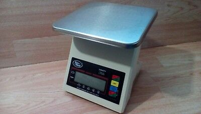Gently Used Yamato Accu-Weigh Digital Scale Dsy-1100. Kitchen Catering Equipment