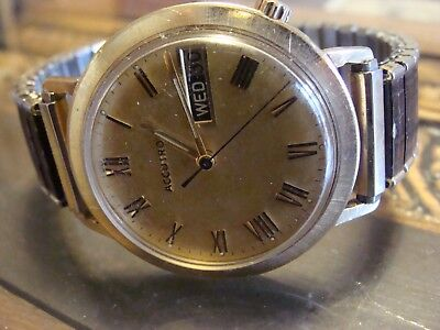 Vintage 1971 (N1) Men's Bulova Accutron Wristwatch for Parts or Repair
