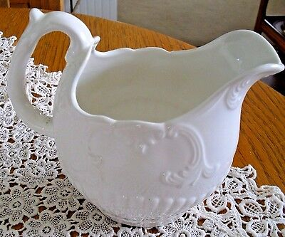 Gorgeous White Pottery Crown Devon*england*raised Relief & Ribbed Pitcher 5 7/8""
