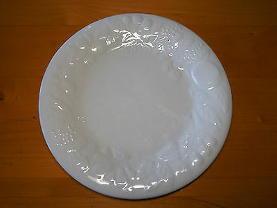 "Gibson FRUIT WHITE Set of 5 Dinner Plates 10 5/8"" Rimmed Raised Fruit"