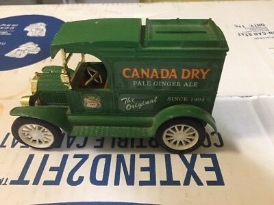 """Ertl Vintage Canada Dry 1913 Ford Model """"T"""" Delivery Bank!"""