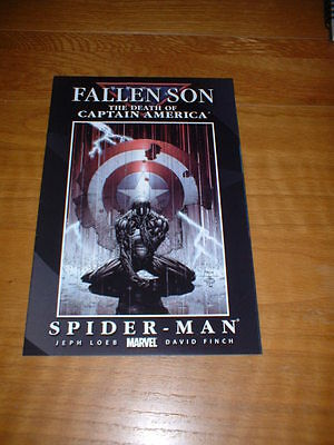 Fallen Son The Death Of Captain America 4. Nm Cond. July 2007. Finch Cover