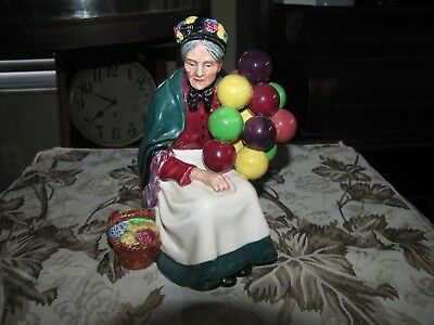 """The """"Old Balloon"""" Seller ROYAL DOULTON FIGURINE Retired HN1315 7¼"""" England Mint"""
