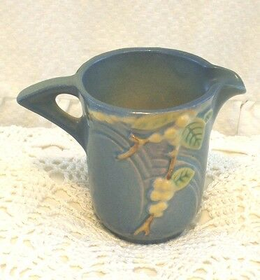 Roseville Pottery Snow Berry Blue Creamer Usa 1C Excellent Condition