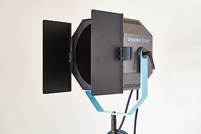 Broncolor Flooter + Pulso Twin 4 - 2 X 3200 Watt/Second Lamphead