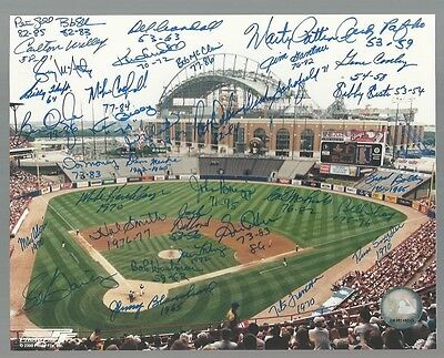 Milwaukee Braves & Brewers Stadium Signed Auto 8x10 Photo With 36 Autographs