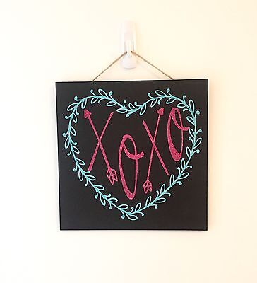 Valentines Rustic Wooden Xoxo Wall Or Door Decoration Glitter Heart