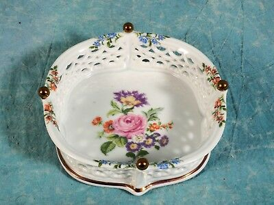 Vintage WALLENDORF 1764 Reticulated Lace Basketwork Bowl Open Flowers Gold Pearl