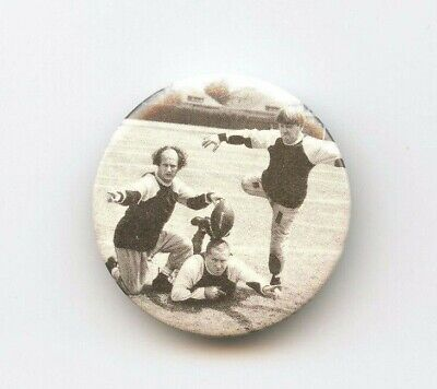 THREE STOOGES FOOTBALL Pinback Button - Vintage Pin 1983