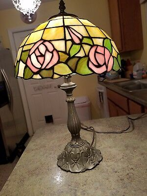 Tiffany Style Stained Glass Table Lamp Handcrafted 1 Light Vintage Roses Shade