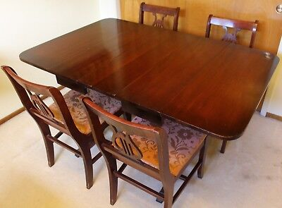 Vintage Duncan Phyfe Style Table & 4 Leaf Harpback Chairs