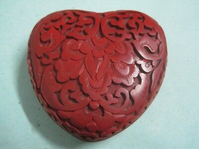Antique box Chinese Carved Red Cinnabar Lacquer