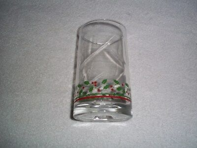 Arby's 1983 Christmas Collection Glass Holly & Berries (1)