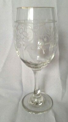 Libbey Holly Berry Holiday Water Wine Goblet(S) Gold Trim