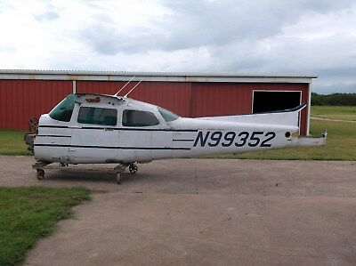 1985 Cessna 172P Airframe High Tt, Only Minor Right Wing Damage, Ready For Paint