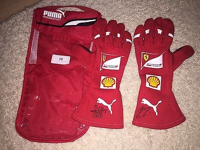 Ferrari F1 Gloves Machanic Mechaniker Signed by Vettel & Kimi Räikkönen **TOP**