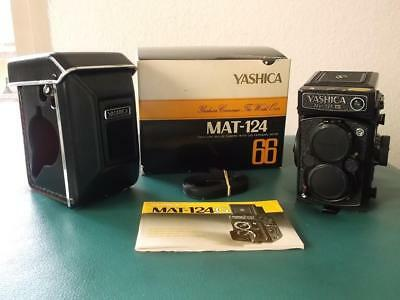 YASHICA MAT-124G Medium Format TLR 80MM f3.5 Lens Excellent Condition