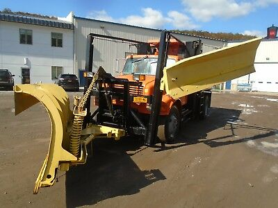 2000 International Dump Plow Truck with Wing Plows and Salt Spreader