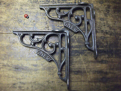 small pair of cast iron brackets -antique style- Great North Eastern Railway
