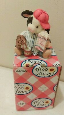 Mary's Moo Moos by Enesco Take me out to the Bull game figurine 1995 NIB
