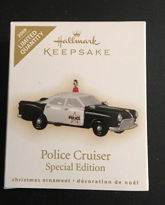 Hallmark: POLICE CRUISER - Special Edition - Miniature - Dated 2009