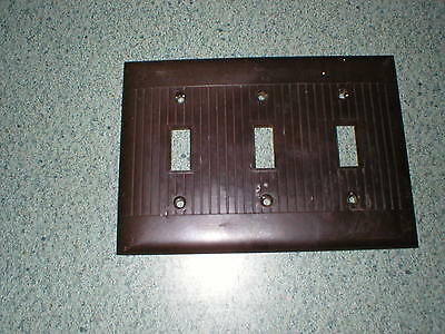 1 Sierra Electric Brown Ribbed Light 3 Switch Plate Covers Vintage Bakelite USA