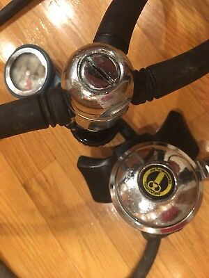 Aqua lung US Divers Conshelf XIV 4000 psi scuba regulators #100