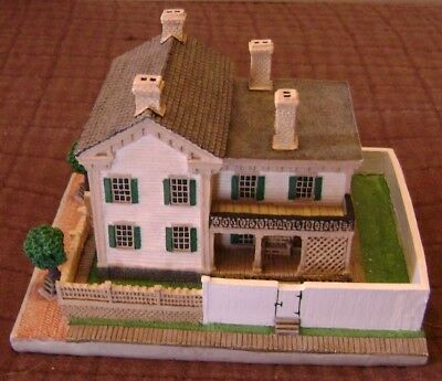 Lincoln's Home Springfield, IL Danbury Mint - Sculpture Homes of the Presidents