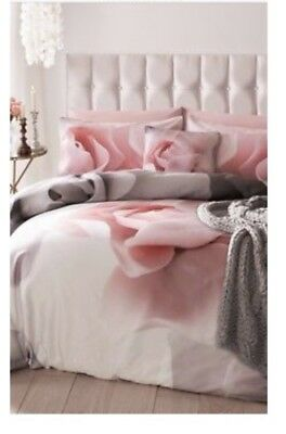🌹Ted baker porcelain rose kingsize bedding with pair of pillow cases 🌹