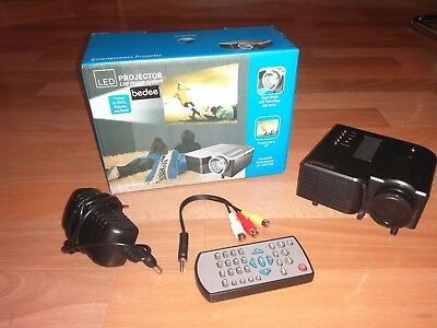 Projector Bedee, LED Image System DVD, Video, USB, SD
