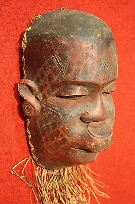 Sculpture african wood hand painted straw work object antique style 900 XX art