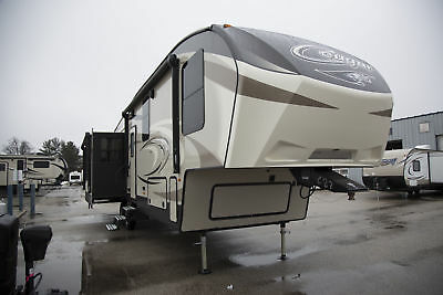 Final Clearance Cougar Rv 341Rki Fifth Wheel 3 Slide Rear Kitchen Only 38,244