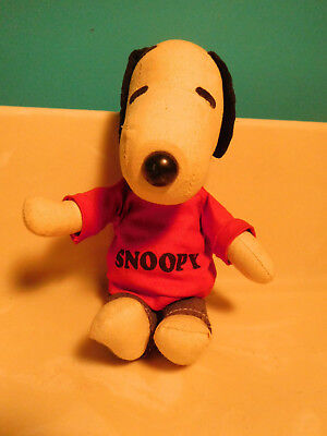 Nice 1960 Peanuts stuffed snoopy doll animal toy United Feature Syndicate, Inc.