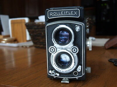 Rolleiflex   TLR Camera Zeiss-Opton 3.5 Tessar 75mm 1:3.5 w/ Case & Lens cover