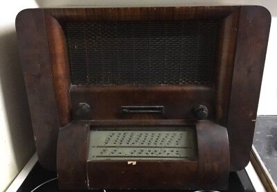 Vintage His Masters Voice Radio With Marconi Valves