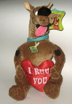 Retired Scooby Doo Plush NWT TAGS Holding I RUV YOU Heart Six Flags TX Exclu 12""