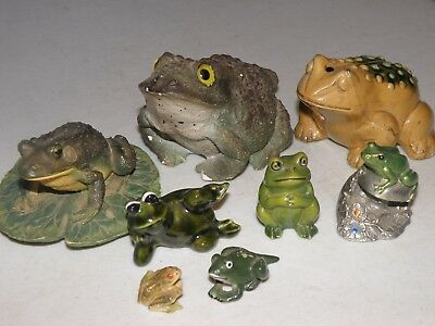 Family of Frog Figurines 8 Happy Frogs
