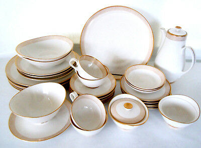 VINTAGE 1966-1970 Syracuse CHAMPAGNE 33 Piece set MADE IN USA