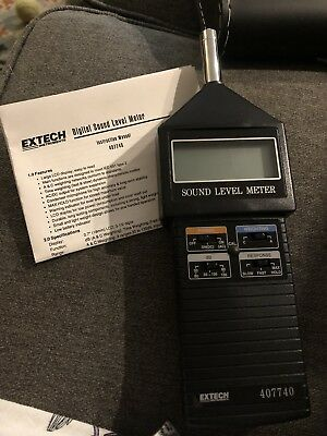 Extech Sound Level Meter kit w/ Hard Carrying Case 407740