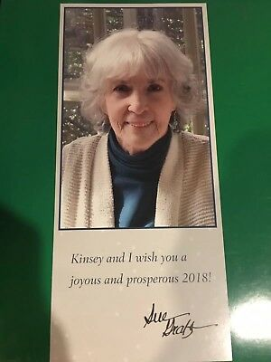 SUE GRAFTON-AUTOGRAPH-SIGNED DECEMBER 2017.  2018 CHRISTMAS CARD with SIGNATURE