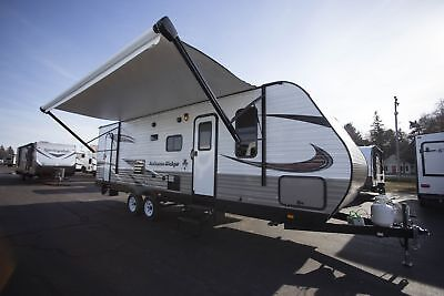 Exclusive Savings on this New 2018 Autumn Ridge Outfitter 27BHS RV
