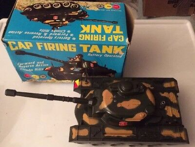 Vintage Marx Toys #6215 'Battery Operated Cap Firing Tank' Superb Condition