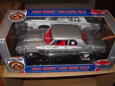 Supercar Collectibles-1964 Dodge 331 Hemi Ss/a**dick Landy Dodge #50246 1/18