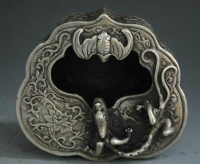 Antique chinese hand engraving Tibet silver bat A lizard figure ashtray
