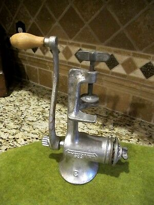 Vintage Universal No. 3 Hand Crank Meat Grinder Food Chopper ~nice country decor