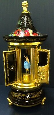 VINTAGE REUGE CAPODIMONTE MUSIC BOX LIPSTICK CIGARETTE HOLDER / TAGS / Gold Leaf