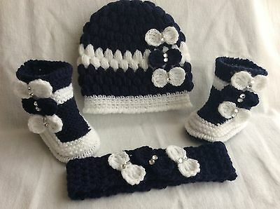 Hand knitted baby booties and hand  knitted hat headband 0-3 months