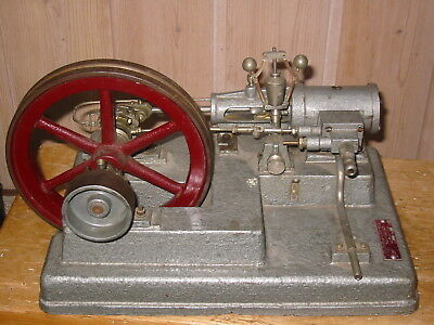 VINTAGE ANTIQUE  TOY LARGE & heavy MODEL of a  LIVE STEAM ENGINE 1967